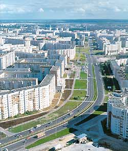Складная карта города Сургут, двусторонняя.  Мелованная бумага.