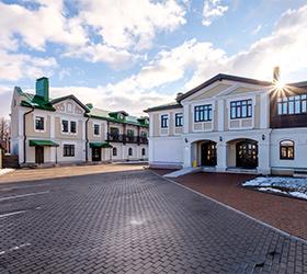 Велий Отель Суздаль