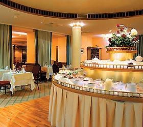Park Inn by Radisson Meriton Tallin (former Meriton Grand Hotel Tallinn)
