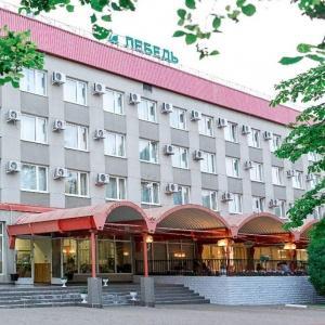 Гостиница Лебедь