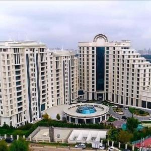 Пуллман Баку (б. Бадамдар)