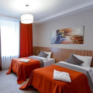Mildom Premium Hotel