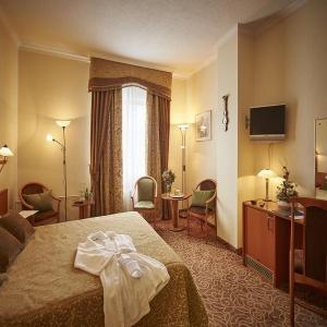 Hotel Proton Business Hotel