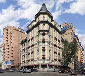 Hotel Senator Apartments Executive Court