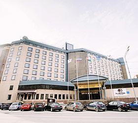 Гостиница ДаблТри от Хилтон Тюмень