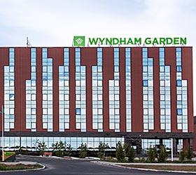 Hotel Wyndham Garden Astana