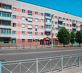 Гостиница О, Май Кант на Площади Калинина
