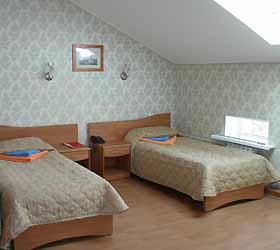 Hotel Bat-Hotel