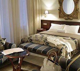 Hotel Opera Hotel