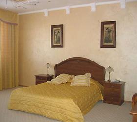 Hotel Rostoshi