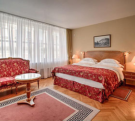 Гостиница Националь  Лакшари Коллекшн