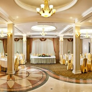 Hotel Congress-Hotel Don-Plaza