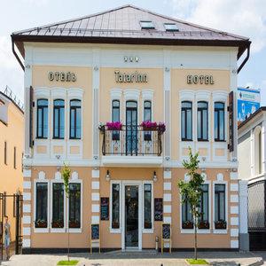 Hotel Tatar Inn